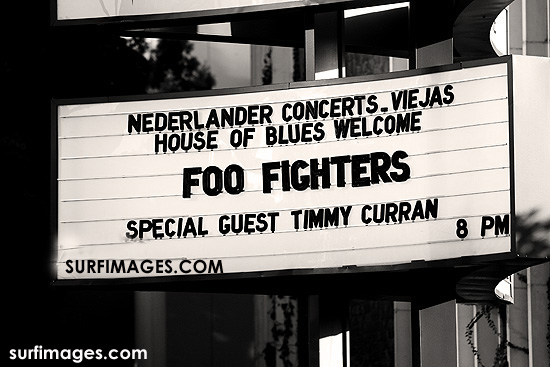 foo-fighters-timmy-curran