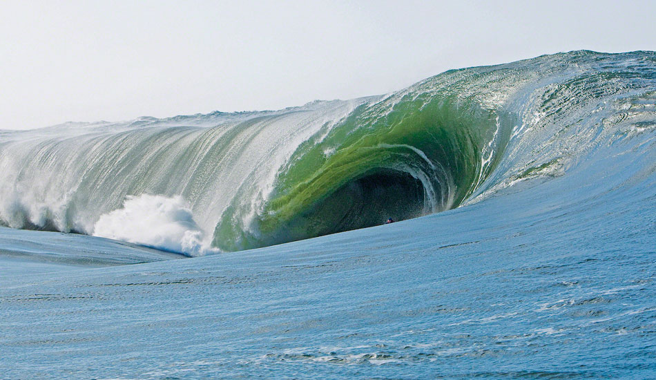 Mark Healey's 2009 XXL Monster Tube Award Winning Wave by Jason Murray (at The Yeti in Oregon)